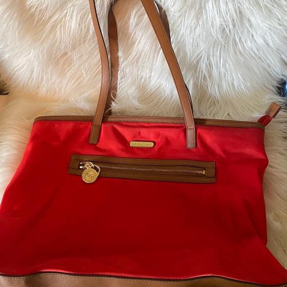 Michael Kors Kempton red bag